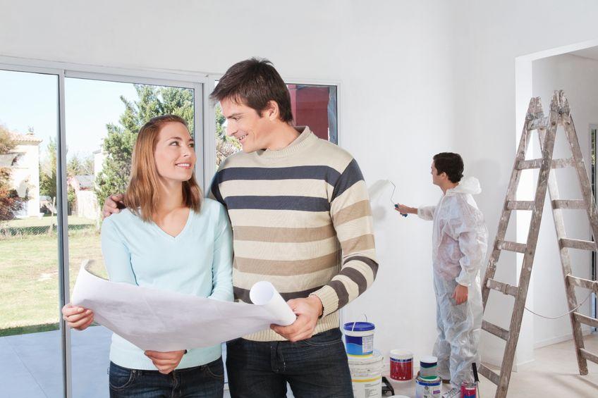 Wat kost een schilder het uurloon en de kosten van een for Wat kost een huis schilderen