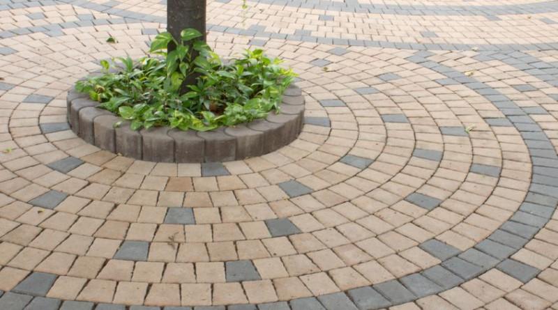 Tuin Bestraten Kosten : Kosten stratenmaker de prijs per uur en per m2